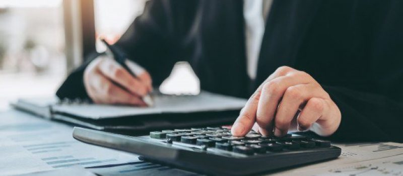 business-woman-accounting-financial-investment-calculator-cost-economic-business-market_45041-192